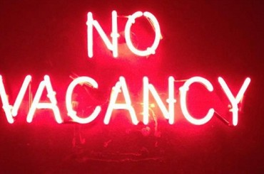 No Vacancy Turns It On At The Cross