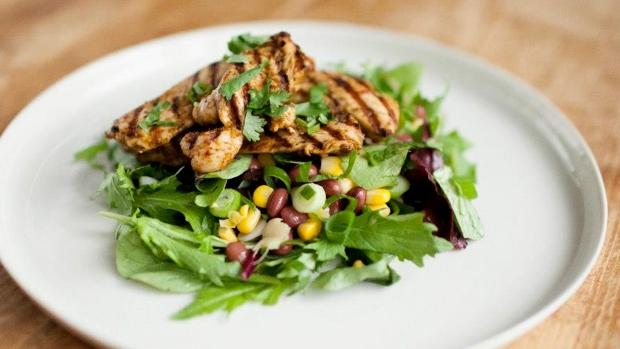 hellofresh harissa chicken corn coriander salad
