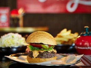 Parlour Burger Creates a Killer Place to Dine