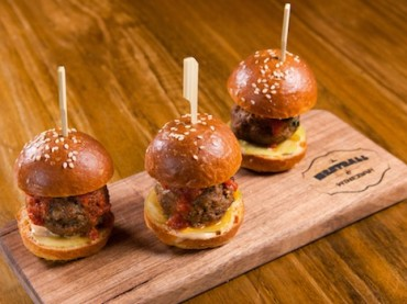 Meatball & Wine Bar moves north