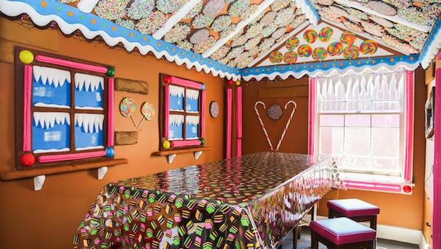 Ginger-Bread-House-2