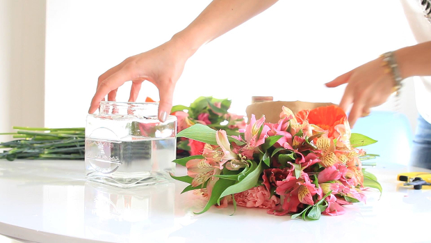 Bloombox Co Offer Subscriptions of the Floral Kind   Daily Addict