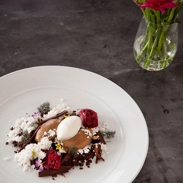 Shangri-La-Sydney-Chocolate_cherry-cocoa-Altitude