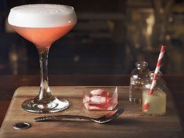 Our Guide to the Best Cocktail Bars in Melbourne
