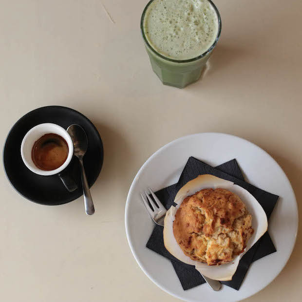 Naughty and nice –green smoothies, coffee and muffins