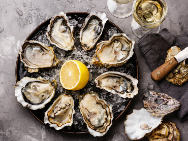 Top Tips For Pairing Oysters & Champagne
