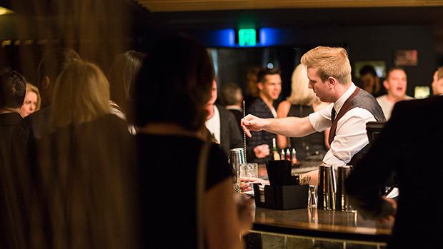 Waterslide-Bar-Bartender