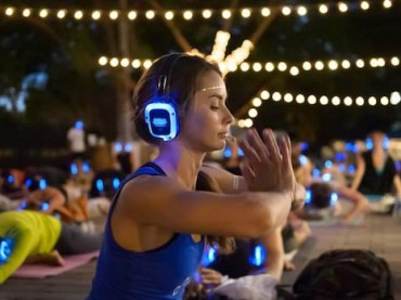 Glow In The Dark Yoga Hits Sydney