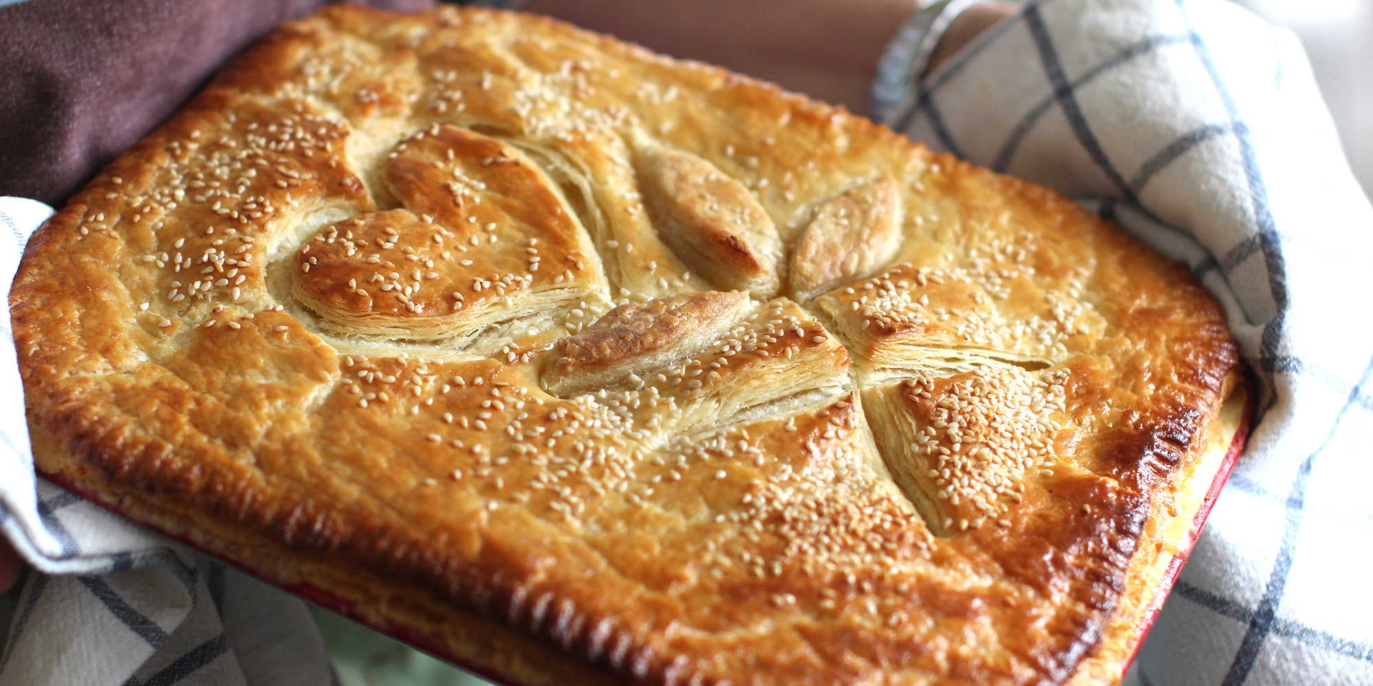 bakeclub_chicken-and-leek-pie-with-annekas-flakey-pastry