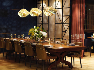Four Seasons enters a new MODE of dining