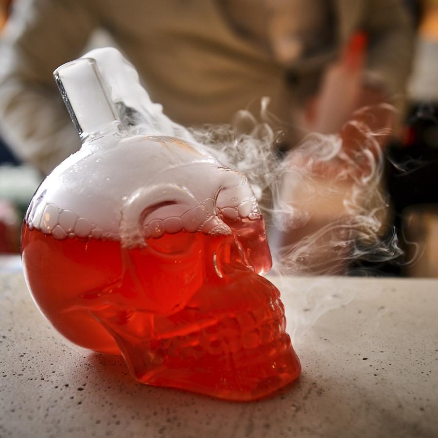 Planar smoking skull