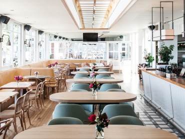 Woolwich Pier Hotel reopens with a glamourous new look, menu and woo! those views