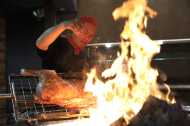 Argentinian BBQ heats up Mascot.